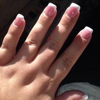 11/10/2013에 Jenn S.님이 City Nails & Spa에서 찍은 사진