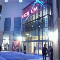 Foto tirada no(a) Forum Erzurum por ozgek em 1/22/2013