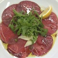 Снимок сделан в Sam's Steak House пользователем Татьяна Б. 1/23/2013