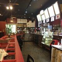 1/26/2013에 Eden P.님이 Silverbird Espresso에서 찍은 사진