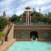 5/19/2013 tarihinde Katerina S.ziyaretçi tarafından Siam Park'de çekilen fotoğraf