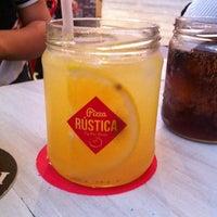 7/6/2014에 Ricardo C.님이 Pizza Rustica에서 찍은 사진