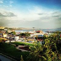 Das Foto wurde bei Bostancı Sahili von Gulru Y. am 5/12/2013 aufgenommen