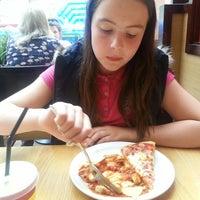 Pizza Hut Pizza Place In Pollok