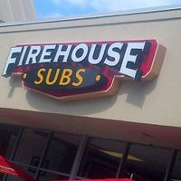 Photo prise au Firehouse Subs par TheFastFoodDude.com le9/29/2013