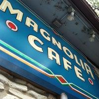 Foto tomada en Magnolia Cafe por Nicole c. el 5/12/2013