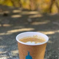 11/11/2018 tarihinde A D Aziyaretçi tarafından Blue Bottle Coffee'de çekilen fotoğraf
