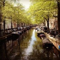 5/7/2013 tarihinde Reggie M.ziyaretçi tarafından Herengracht Restaurant & Bar'de çekilen fotoğraf