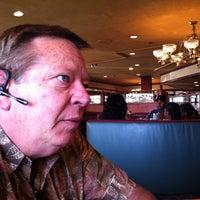 4/28/2013에 Debbie W.님이 Keno's Restaurant에서 찍은 사진
