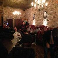 12/20/2012 tarihinde Tobias K.ziyaretçi tarafından Capo's'de çekilen fotoğraf