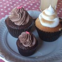 4/6/2013에 Guilherme R.님이 FairyLand Cupcakes에서 찍은 사진