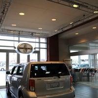 Foto tirada no(a) Toyota of Fayetteville por Toyota of Fayetteville em 9/19/2014