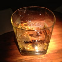 รูปภาพถ่ายที่ Tandem Pub โดย Ilian C. เมื่อ 1/26/2013