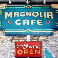Foto tomada en Magnolia Cafe por Jeremi K. el 3/10/2013