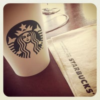 Foto scattata a Starbucks da Zaffan Z. il 1/26/2013