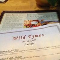 Foto diambil di Wild Tymes Sports & Music Bar oleh Emily C. pada 12/20/2012
