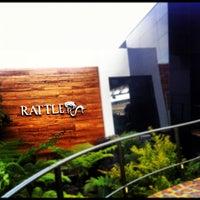 Foto tirada no(a) Rattle por Jorge L. em 4/16/2013