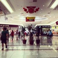Foto diambil di AEON Permas Jaya Shopping Centre oleh Azad A. pada 2/24/2013