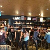 7/20/2013에 Frankie B.님이 Archive Beer Boutique에서 찍은 사진