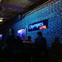 2/5/2013 tarihinde Ruken E.ziyaretçi tarafından Olympos Cafe & Bar'de çekilen fotoğraf