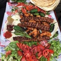 Das Foto wurde bei Dürümcü Mustafa von Ramazan E. am 4/5/2017 aufgenommen