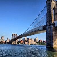 6/1/2013 tarihinde Stephenziyaretçi tarafından Brooklyn Bridge Park'de çekilen fotoğraf
