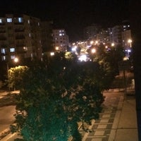 Das Foto wurde bei Atatürk Bulvarı von Deniz K. am 5/20/2018 aufgenommen