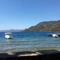 Foto tirada no(a) Delikyol Deniz Restaurant Mehmet'in Yeri por Haluk D. em 8/19/2019