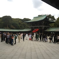 Foto tirada no(a) 明治神宮 北参道 por TAKAHISA O. em 4/6/2013