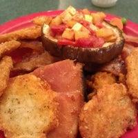 1/27/2013にCarl V.がMurray-Aikins Dining Hallで撮った写真