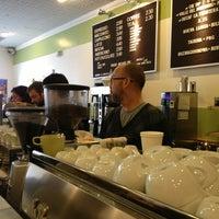 3/3/2013 tarihinde Alix M.ziyaretçi tarafından Peregrine Espresso'de çekilen fotoğraf
