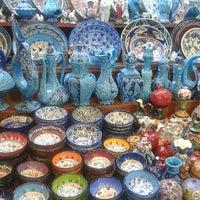 Das Foto wurde bei Mısır Çarşısı von Dilek B. am 6/21/2013 aufgenommen