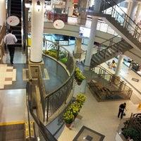 Das Foto wurde bei Shopping Del Paseo von Dafne C. am 3/17/2013 aufgenommen