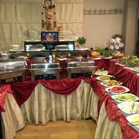 Foto diambil di La Vraie Ambiance Cafe & Restaurant oleh Tuncay C. pada 7/12/2013