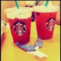 7/28/2013 tarihinde Merve Cansu V.ziyaretçi tarafından Starbucks'de çekilen fotoğraf