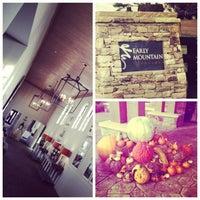 10/27/2012 tarihinde Gretel T.ziyaretçi tarafından Early Mountain Vineyards'de çekilen fotoğraf