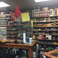The Smoker's Den - Athens, GA