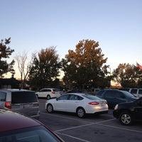 รูปภาพถ่ายที่ Nichols Hills Plaza โดย Cory D. เมื่อ 11/9/2013