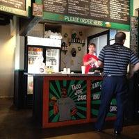 Das Foto wurde bei Taco Joint von Ben G. am 8/3/2012 aufgenommen