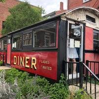 Foto tirada no(a) Palace Diner por Lockhart S. em 6/23/2018