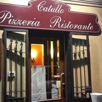 Foto tirada no(a) Catullo - Ristorante Pizzeria por Serkan O. em 2/16/2014