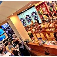 Foto tomada en Sears por Eduardo el 7/14/2013
