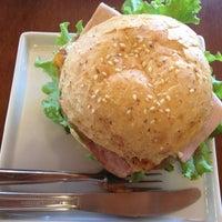 1/30/2013 tarihinde Patrícia B.ziyaretçi tarafından Restaurante Tigre Asiático'de çekilen fotoğraf