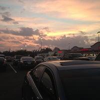 2/12/2013 tarihinde Storm M.ziyaretçi tarafından Publix'de çekilen fotoğraf