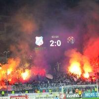 Das Foto wurde bei NK Rijeka - Stadion Kantrida von Jurgen M. am 7/2/2013 aufgenommen