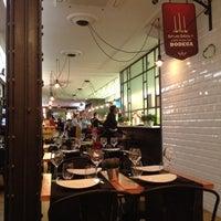 10/6/2012에 Jaime A.님이 Quilombo Pintxos & Tapas에서 찍은 사진