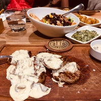 Foto diambil di Bonfilet Steak House & Kasap oleh Gülden G. pada 11/2/2019