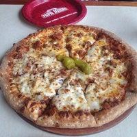 Foto tomada en Papa John's Pizza por Ness G. el 4/2/2014