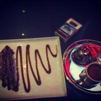 Das Foto wurde bei Social Roof FCM Cafe von Faruk Ş. am 1/22/2016 aufgenommen