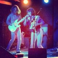 Photo prise au Mercury Lounge par Alex A. le4/1/2013